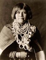 zuni-woman-th