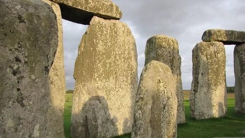 stonehenge_kameny
