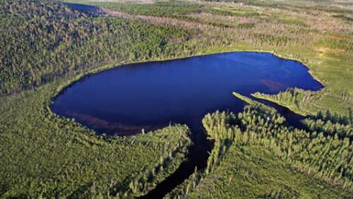 jezero_ceka