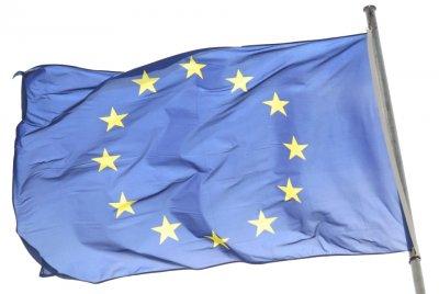 vlajka-eu-400