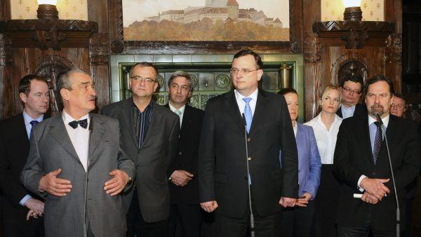 vlada-cr-necas-schwarzenberg-john
