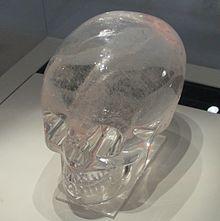 220px-britis_museum_crystal_skull08