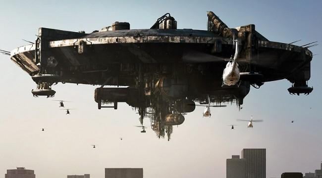 byvaly-americky-senator-gravel-tvrdi-ze-na-zemi-se-ukryvaji-mimozemstane-650x360